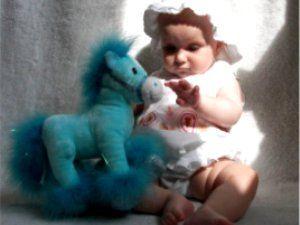 Шестимесячный ребенок - личность независимая. Ребенок, младенец, возрастные реакции, игра, игрушка, самостоятельность.