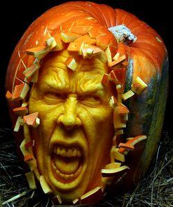 Тыква-карвинг. Художественное вырезание по тыкве. Тыква на хэллоуин.
