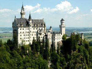 Замок Нойшванштайн (Neuschwanstein Castle) - Германия, как сделать замок из бумаги, как склеить замок из бумаги, модели из бумаги, выкройка замка из бумаги