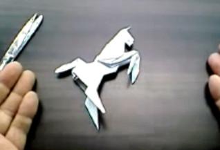 Лошадь из бумаги - символ Нового Года 2014, лошадь оригами, лошадка оригами, лошадка из бумаги своими руками